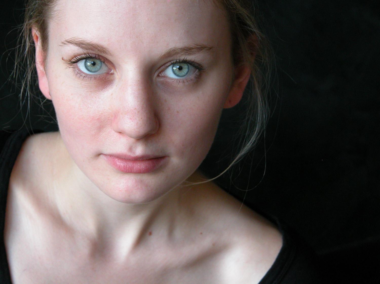Julie-Duclos1